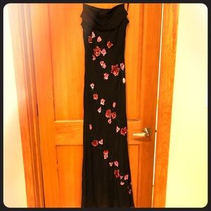 Marina floor length evening gown black w flowers